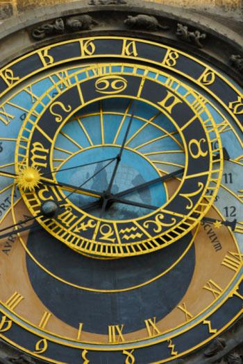 Общий гороскоп на 2012 год для всех знаков Зодиака