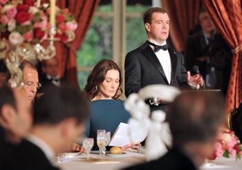 111 03042010 2 - Дмитрий Медведев завершает государственный визит во Францию