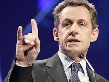 Саркози угрожает выходом Франции из еврозоны