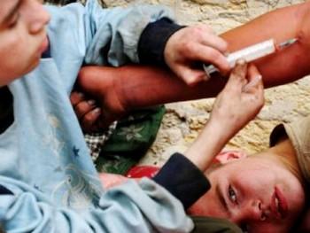 ЮНИСЕФ предупреждает об эпидемии ВИЧ среди беспризорников