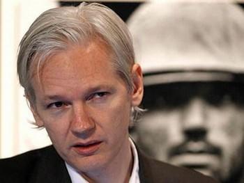Джулиан Ассанж предостерег от попыток закрытия WikiLeaks