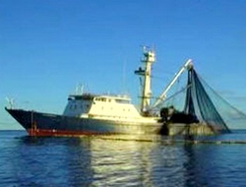 115 TU3 - В Калининград из сомалийского плена возвратился экипаж тунцеловного судна