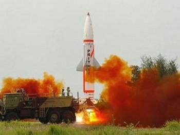 Индийская армия испытала новые баллистические ракеты