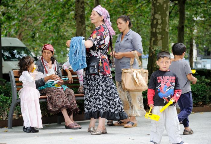 161 150578323 10 - Франция будет лучше интегрировать цыган-мигрантов
