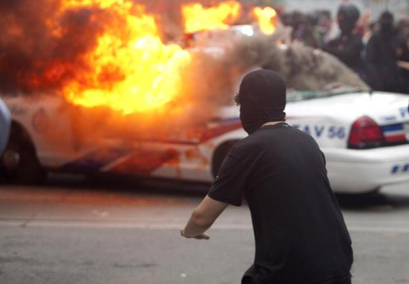 Антиглобалисты в Торонто устроили погромы, пытаясь сорвать саммит G20. Фоторепортаж
