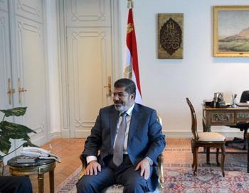 161 M Mursi - Президент Египта снова созвал парламент