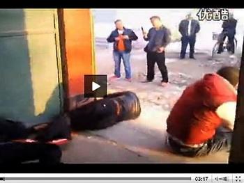 Китайские мастера боевых искусств расправились с бандитами