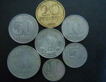 20 лет «западным деньгам»