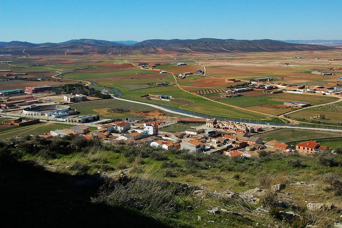 Наводнения произошли в некоторых районах Испании и Португалии