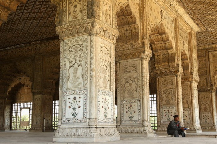 163 pamitnik Red fort inside9 - Памятники Индии