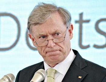 173 02 05 10 koehler - Хорста Келера раскритиковали за отставку