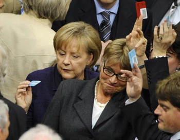 173 08 05 10 Gvote - Бундестаг одобрил план финансовой помощи Греции