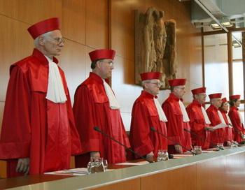 Конституционный суд ФРГ одобрил ассигнования в фонд стабилизации евро