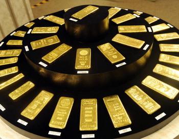 В Абу-Даби установлен автомат по продаже золотых слитков