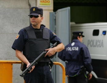 173 15 06 10 policia - Испанская полиция арестовала 178 членов международного преступного синдиката