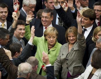 Германия одобрила ассигнования в стабфонд ЕС