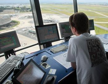 Авиадиспетчеры Германии заявили о неизбежности забастовки