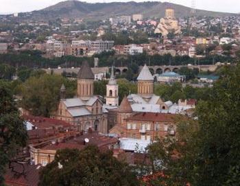 178 04 01 2011tbilisi - В Грузии полиция разогнала голодающих ветеранов