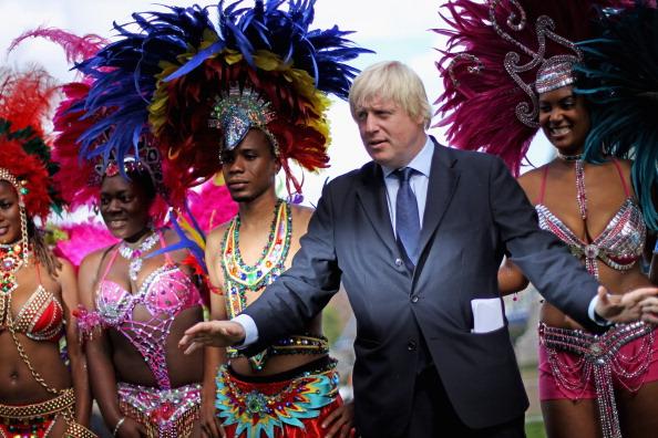 caiwaz1 - Фоторепортаж о встрече мэра Лондона с участниками карнавала в Ноттинг Хилл