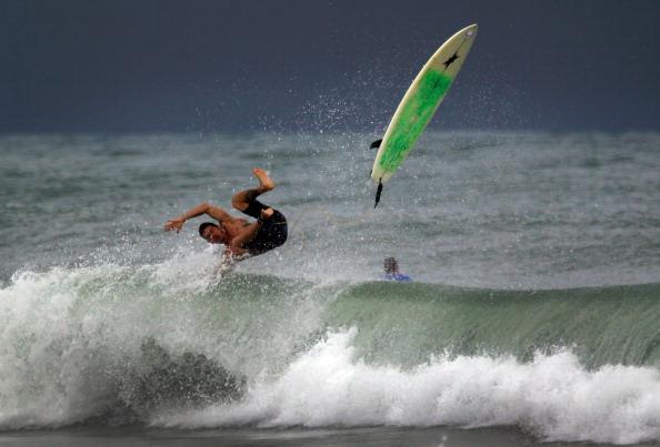 Фоторепортаж о приближающемся к пляжам Флориды урагане «Айрин»