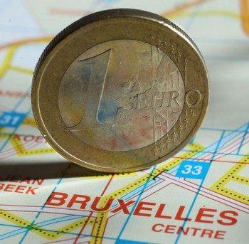 2011 влияет на 2012: еврозона борется за выживание