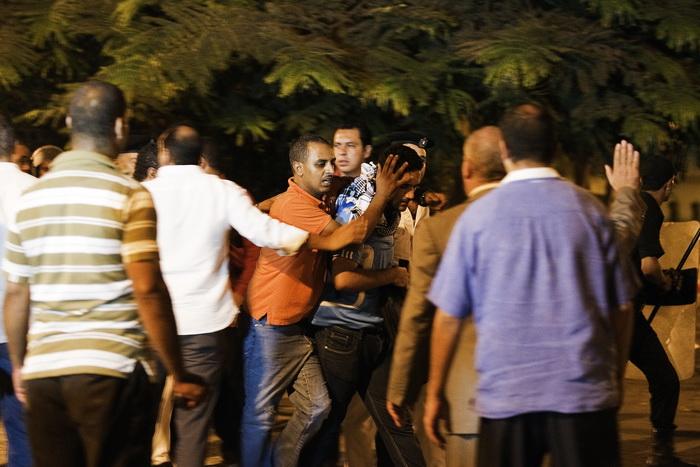 126 29 10 12 AREST - В Египте около 100 человек арестованы за сексуальные домогательства