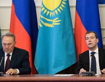 Медведев поддержал идею Назарбаева о спасении мелеющей реки Урал