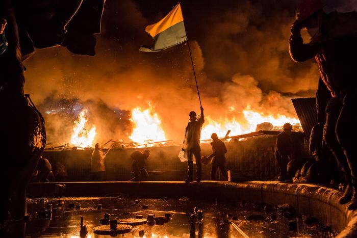 191 UA protest 470193947 - В ходе беспорядков в Киеве пострадали более 200 человек