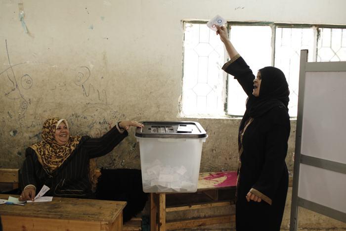 Египет: число погибших во время референдума возросло до 10 человек