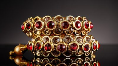 Ювелирные украшения с рубинами