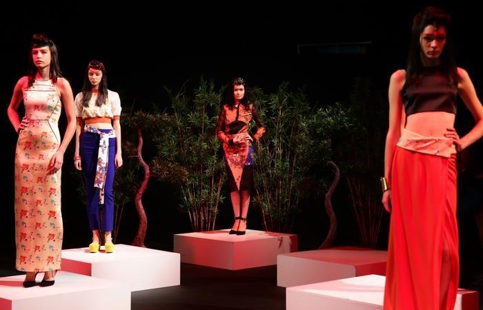 Турецкий модный бренд Beste Gurel представил в Стамбуле 7 октября 2013 года новую коллекцию сезона лето-осень 2014. Фото: Vittorio Zunino Celotto/Getty Images for IMG   Epoch Times Россия