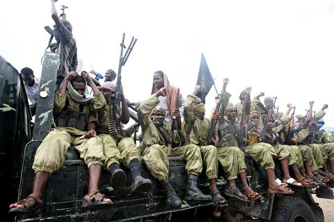 Боевики группировки «Аш-Шабаб». Фото: MOHAMED DAHIR/AFP/Getty Images   Epoch Times Россия