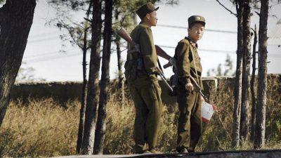 Северокорейские солдаты совершают набеги на китайские деревни в поисках еды