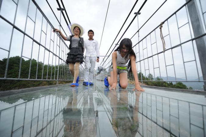 В Китае построят ещё один стеклянный мост-рекордсмен (Видео)