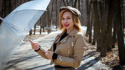 Весенние тенденции кожаной моды 2012