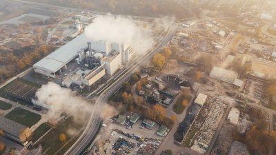 Индустрия моды является вторым по величине загрязнителем в мире после нефтяной промышленности!