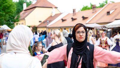 Первая леди Чечни заявила о себе в Арабских Эмиратах