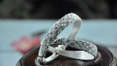 Женские золотые браслеты: украшения, которых много не бывает
