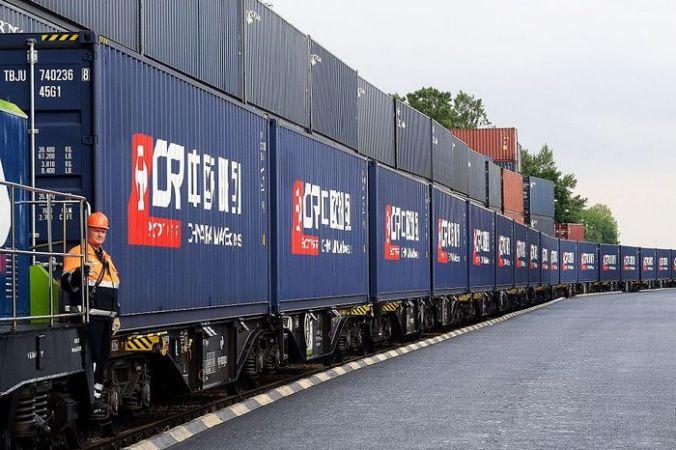 Почтовые поезда доставят посылки из Китая в Европу через Россию