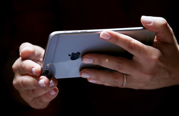 IPhone 7. Фото: Justin Sullivan/Getty Images   Epoch Times Россия