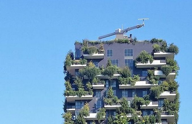 Башня, засаженная деревьями. Милан. Фото: Wikipedia Commons | Epoch Times Россия