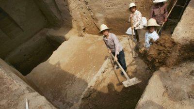 В Китае строители обнаружили гробницу с мумиями возрастом более 500 лет