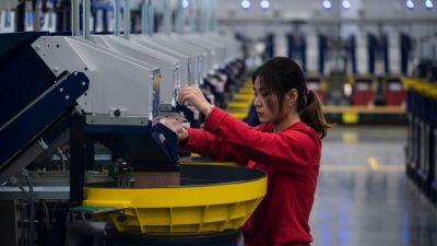 Зарплаты в России ниже китайских, но счастья больше