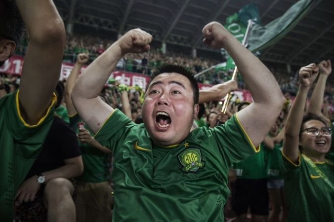 На ЧМ-2018 по футболу в Россию приедут свыше 100 тысяч китайцев