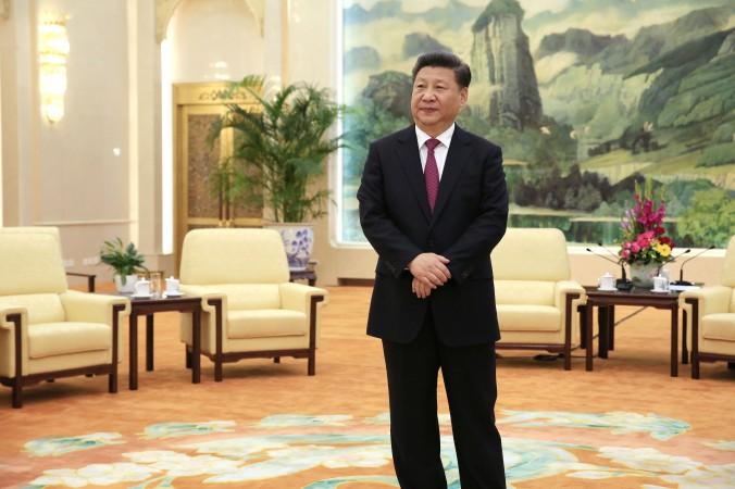 Китайский лидер Си Цзиньпин в Большом зале народных собраний в Пекине 25 июля 2016 года. Фото: How Hwee Young/AFP/Getty Images | Epoch Times Россия