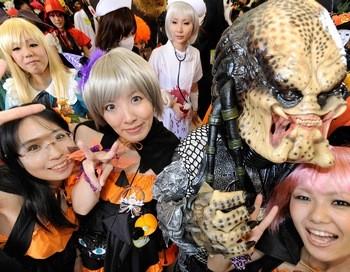 Ученики многих школ при выборе костюма для праздничных мероприятий должны будут соблюдать достаточно жесткие правила. Фото: TORU YAMANAKA/AFP/Getty Images | Epoch Times Россия