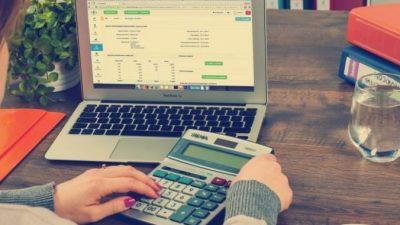 Кому доверить бухгалтерское сопровождение?