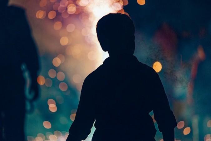 Гуляющий мальчик