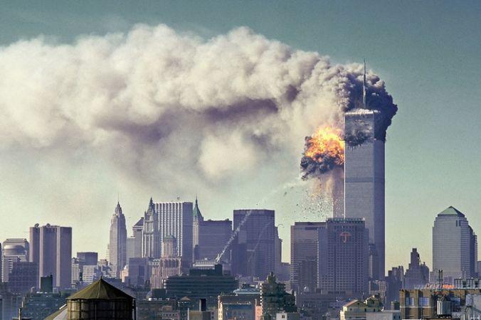 Теракт в Нью-Йорке. Крушение башен-близнецов Всемирного торгового центра, 11 сентября, 2001 год. Фото: NIST ГАРО/ru.wikipedia.org/Public Domain   Epoch Times Россия