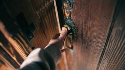 Аварийное вскрытие дверей: вызываем специалистов